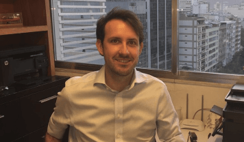 Pedro e Mariana Boot fundaram a Akredito, em 2017, com o objetivo de negociar dívidas de até R$ 10 mil; empresa já atendeu 180 pessoas.